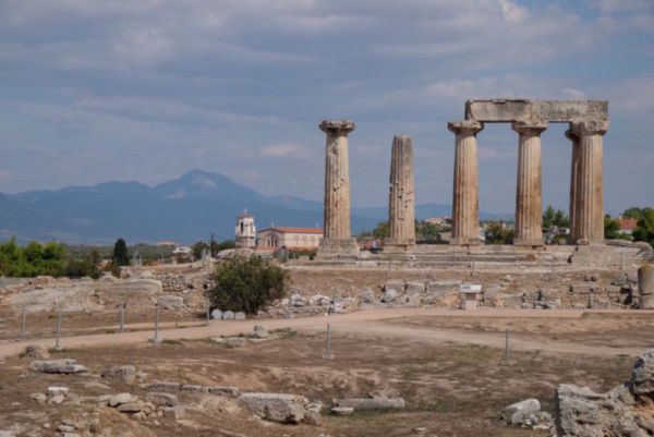 Ancient Corinth, an impressive site, with a history ranging from Bronze Age to present day.