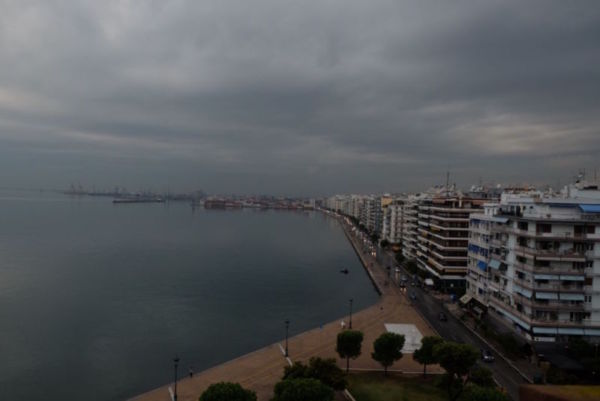 Thessaloniki is a fascinating city, even when the weather is as grey as this!