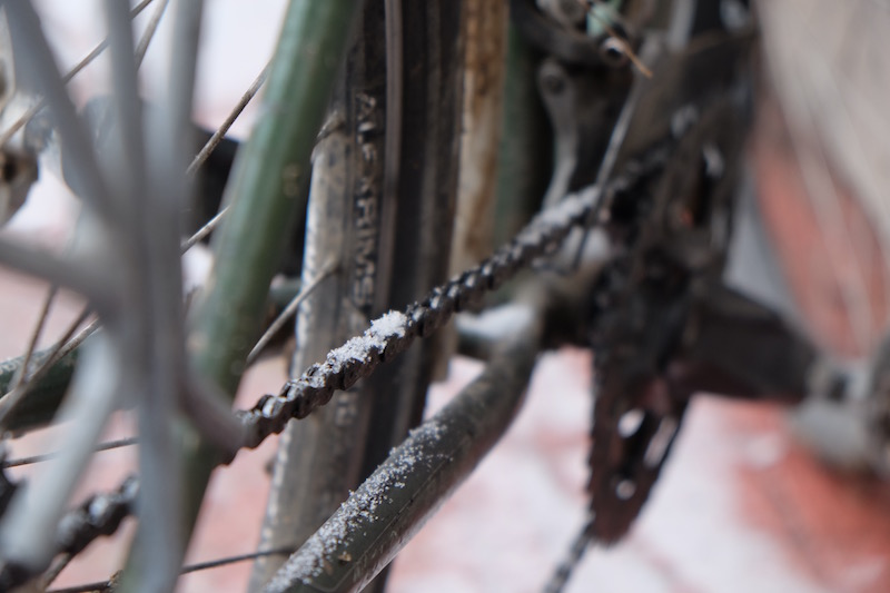 "When I first saw this I was really impressed, ""snow on the tyres! How adventurous!"" I needn't have been so excited. The snow lodged into my gears, both front and rear whilst I was cycling. No gears changes possible!"